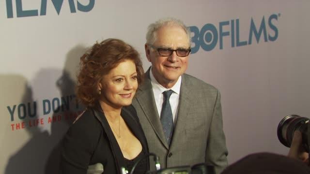 susan sarandon and guest at the hbo film's 'you don't know jack' new york premiere at new york ny. - スーザン・サランドン点の映像素材/bロール