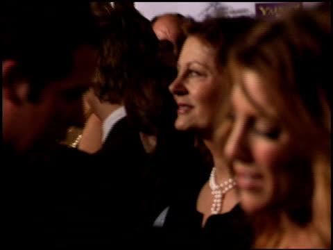 susan sarandon at the hollywood film festival awards at the beverly hilton in beverly hills, california on october 24, 2005. - スーザン・サランドン点の映像素材/bロール
