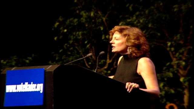 susan sarandon is supporting ralph nader at the green party rally in madison square garden as the 2000 presidential election nears; she introduces... - 2000 stock videos & royalty-free footage