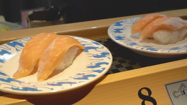 sushi bar in japanese restaurant - shrimp seafood stock videos & royalty-free footage