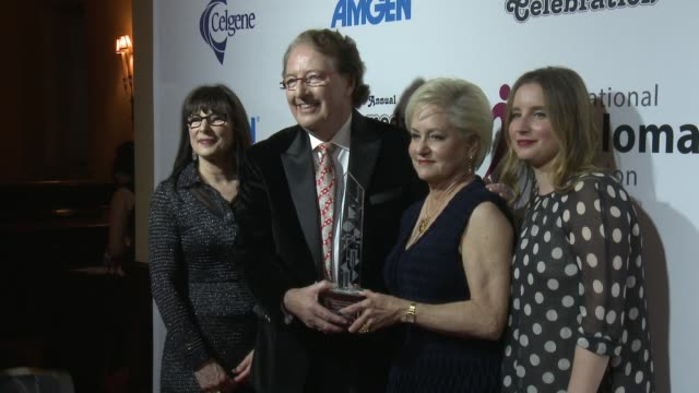susie novis, brian durie, loraine alterman boyle, amy boyle at international myeloma foundation's 10th annual comedy celebration benefiting the peter... - peter boyle stock videos & royalty-free footage