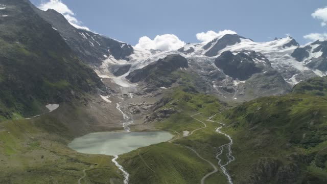 stockvideo's en b-roll-footage met sustenpass, glacier steingletscher, switzerland, europe - bergrug