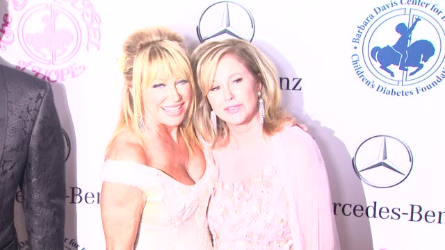 suzanne somers and kathy hilton at the 2014 carousel of hope ball at the beverly hilton hotel on october 11 2014 in beverly hills california - suzanne somers stock videos & royalty-free footage