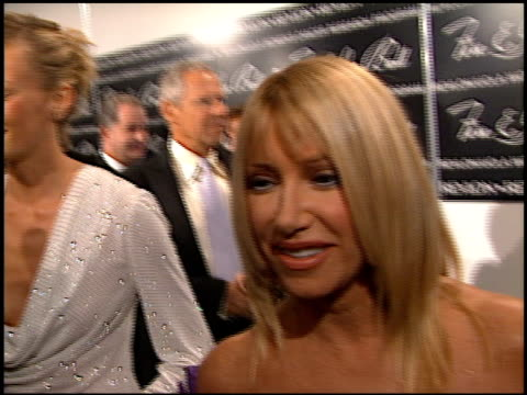 suzanne somers at the 2000 fire and ice ball at the beverly hilton in beverly hills california on december 11 2000 - suzanne somers stock videos & royalty-free footage