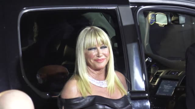 suzanne somers at the 30th annual palm springs international film festival awards gala in palm springs in celebrity sightings in palm springs - suzanne somers stock videos & royalty-free footage