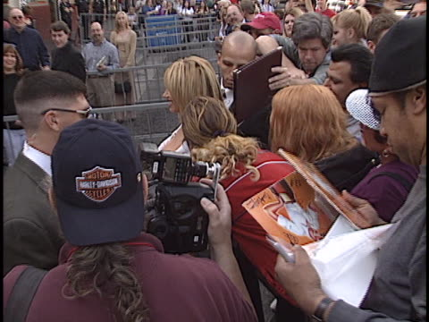 suzanne somers at the suzanne somers walk of fame star at hollywood in hollywood ca - suzanne somers stock videos & royalty-free footage