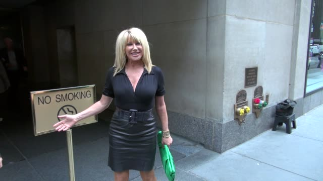 suzanne somers at the 'today' show studio suzanne somers at the 'today' show studio on may 08 2012 in new york new york - suzanne somers stock videos & royalty-free footage