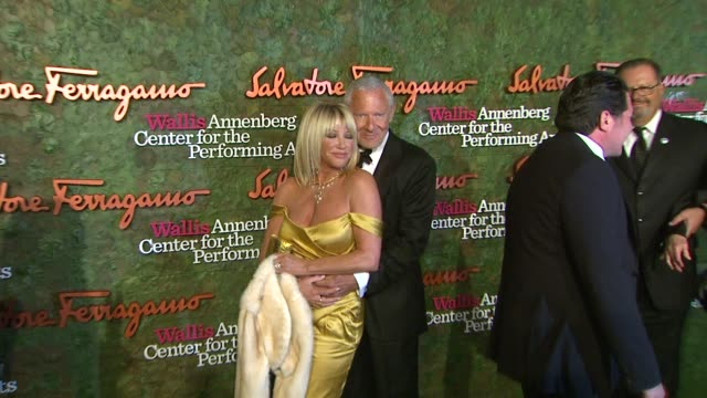 suzanne somers at wallis annenberg center for the performing arts inaugural gala presented by salvatore ferragamo on 8/17/13 in los angeles ca - suzanne somers stock videos & royalty-free footage