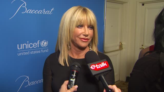 Suzanne Somers on Jerry being honored on UNICEF on Christmas on if she tells her husband what she wants for Christmas and on her wish for 2010 at the...