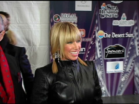 suzanne sommers at the 2005 palm springs international film festival gala at palm springs convention center in palm springs california on january 8... - suzanne somers stock videos & royalty-free footage