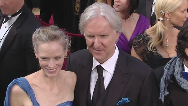 Suzy Amis James Cameron at the 82nd Annual Academy Awards Arrivals Part 2 at Los Angeles CA