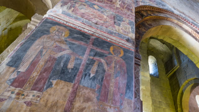 svetitsjoveli cathedral, world heritage site, unesco, mtskheta city, mtskheta-mtianeti region, georgia, middle east - 宗教上のシンボル点の映像素材/bロール