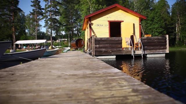 vídeos de stock e filmes b-roll de sweden, houseboat, summer - barco casa