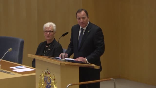 stockvideo's en b-roll-footage met sweden's prime minister stefan lofven outlines his political programme to the country's parliament and names his cabinet after being elected by... - democratie