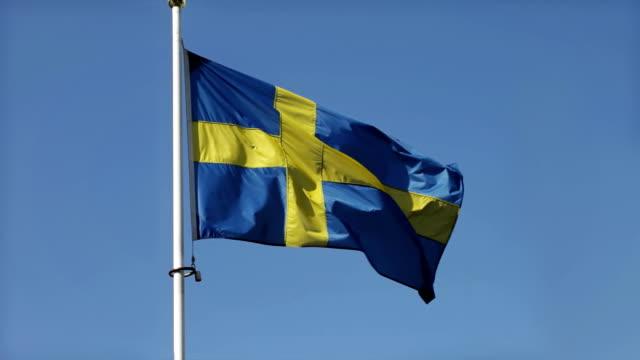 schwedische flagge - schweden stock-videos und b-roll-filmmaterial