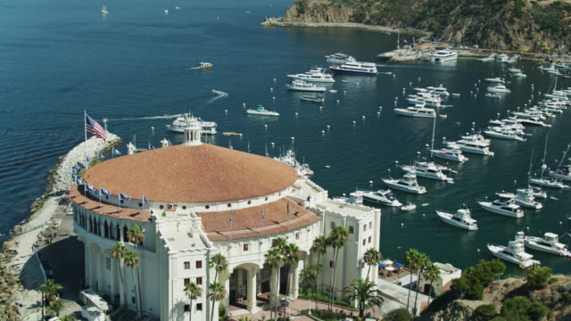 sweeping drone shot of catalina casino and avalon bay - channel islands california stock videos & royalty-free footage
