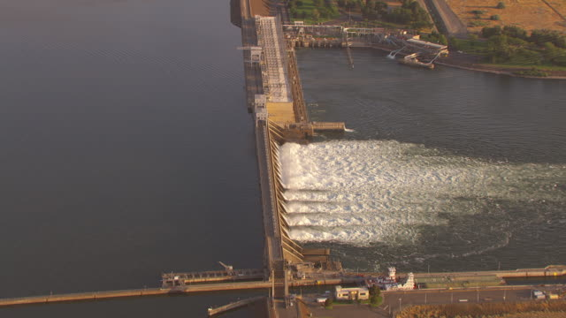 Sweeping overhead of a hydroelectric dam on the Columbia river