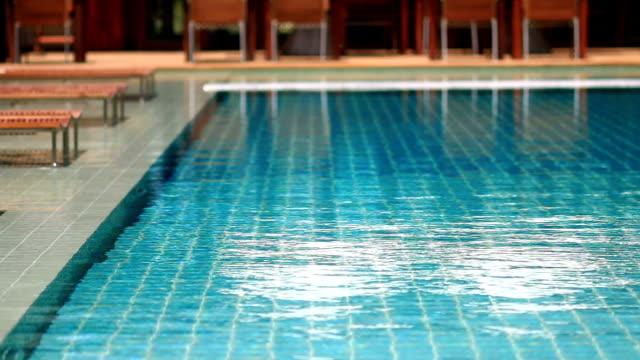 vídeos y material grabado en eventos de stock de piscina de agua azul - pureza
