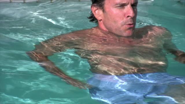 swimming - utebassäng bildbanksvideor och videomaterial från bakom kulisserna