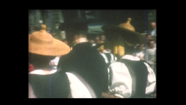 1964 swiss band and traditional costumes - historische kleidung traditionelle kleidung stock-videos und b-roll-filmmaterial