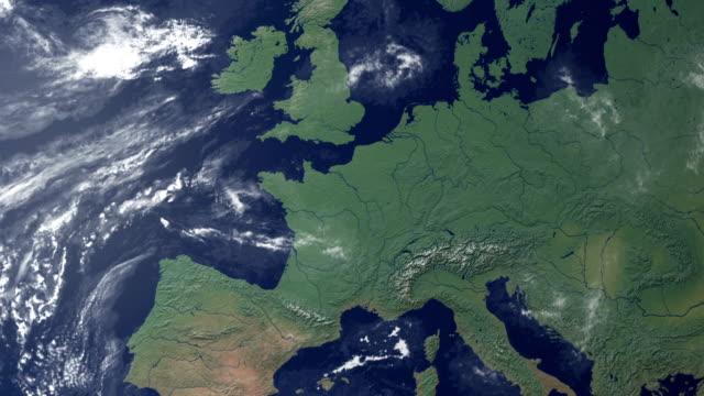 schweiz poppt nach erde zoom (mit alpha-matte) - europa kontinent stock-videos und b-roll-filmmaterial
