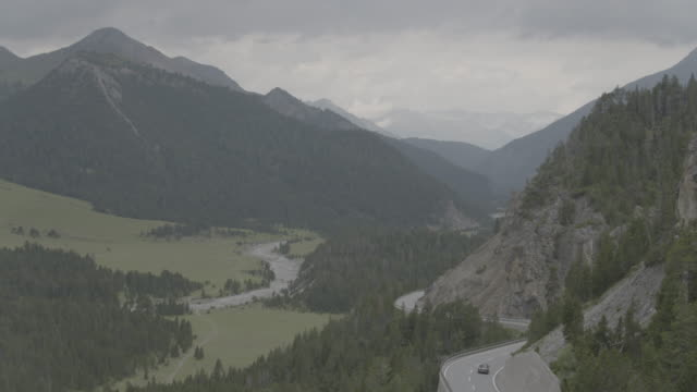 Switzerland_drone_nationalpark