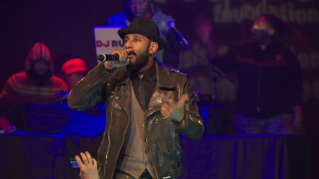 performance swizz beats at the vh1 save the music foundation's songwriter music series with swizz beats at hard rock cafe times square on january 17... - hard rock cafe stock videos & royalty-free footage