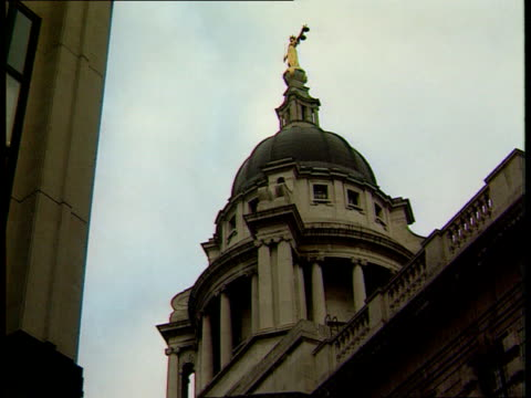 Man declared insane LIB Dome of Old Bailey