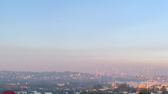 sydney harbour covered in smoke at sunrise on november 12, 2019. more than 50 fires are burning across nsw with 200 homes and sheds destroyed and... - 50 seconds or greater video stock e b–roll