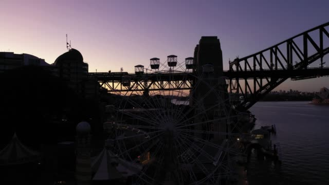 sydney harbour drone vision during covid 19 lockdowns (sunrise) - twilight stock videos & royalty-free footage