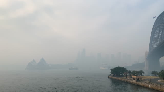 sydney inundated by thick smoke from bushfires throughout nsw. - fire natural phenomenon stock videos & royalty-free footage