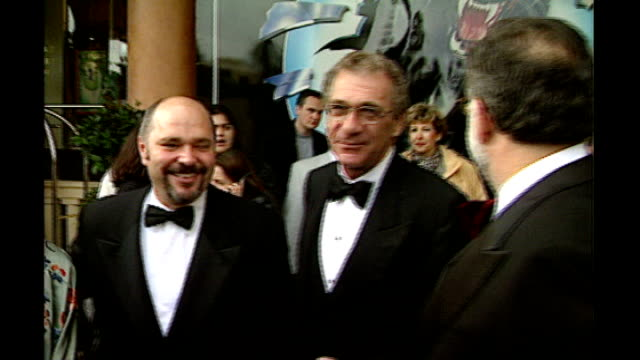 vidéos et rushes de sydney pollack dies; lib france: cannes: ext pollack with director anthony minghella and francis ford coppola - anthony minghella