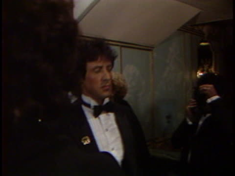 vídeos de stock e filmes b-roll de sylvester stallone at the 4th annual american cinema awards at beverly wilshire hotel - 1987