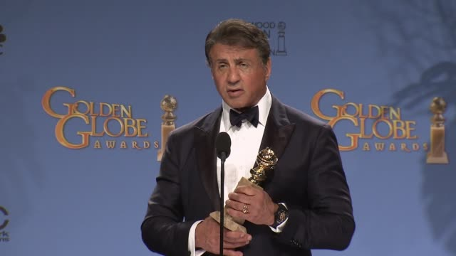 vidéos et rushes de sylvester stallone at the 73rd annual golden globe awards - press room at the beverly hilton hotel on january 10, 2016 in beverly hills, california. - golden globe awards