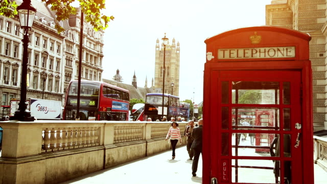 symbols of london - telephone booth stock videos & royalty-free footage