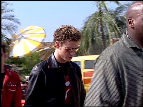 'n sync at the 2000 teen choice awards at barker hanger in santa monica california on august 5 2000 - n sync stock-videos und b-roll-filmmaterial