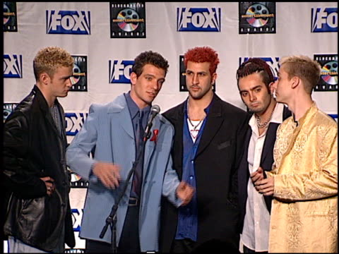 'n sync at the blockbuster awards 99 at the shrine auditorium in los angeles california on may 25 1999 - n sync stock-videos und b-roll-filmmaterial