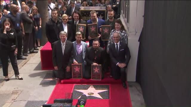 ktla'n sync receiving star on hollywood walk of fame - n sync stock-videos und b-roll-filmmaterial