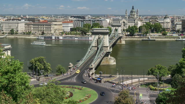 széchenyi chain bridge at weekend, budapest, hungary among group of travler and transportation, high angle timelapse view - traditionally hungarian stock videos & royalty-free footage