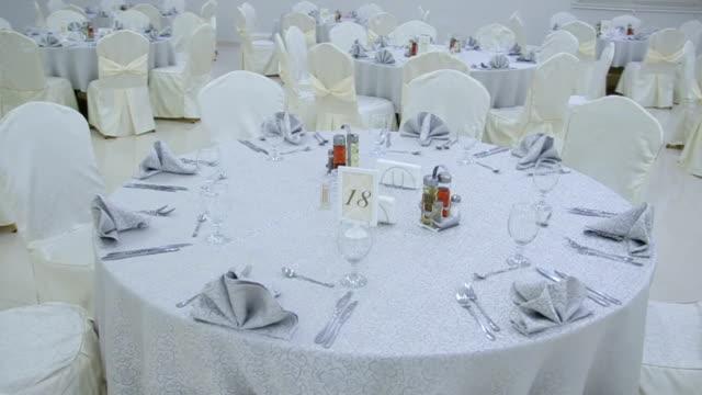 結婚式のテーブル - 整える点の映像素材/bロール