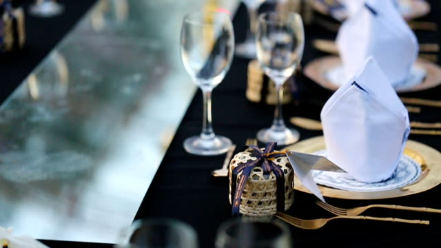 vídeos de stock e filmes b-roll de table set for wedding or another catered event dinner. - banquete
