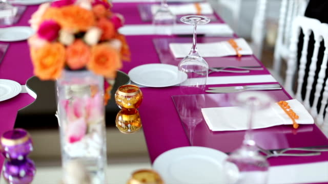 stockvideo's en b-roll-footage met table setting - gedekte tafel
