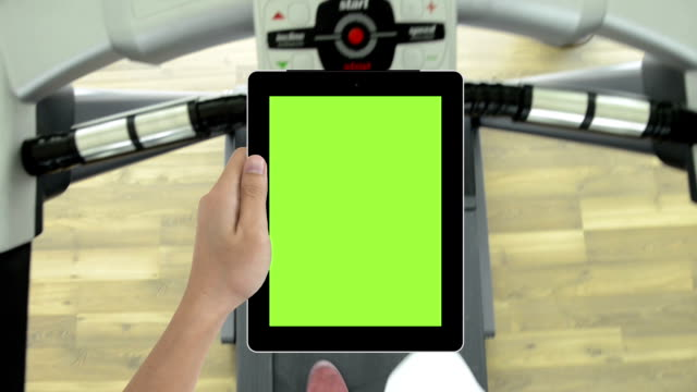 Tablet green screen and running machines