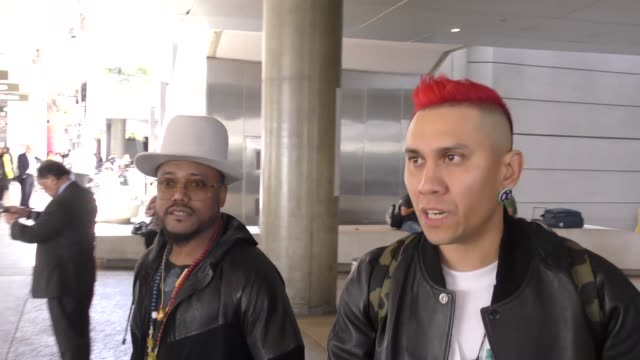 stockvideo's en b-roll-footage met interview taboo apldeap from black eyed peas talks about performing in manchester at lax airport in los angeles in celebrity sightings in los angeles - apl.de.ap