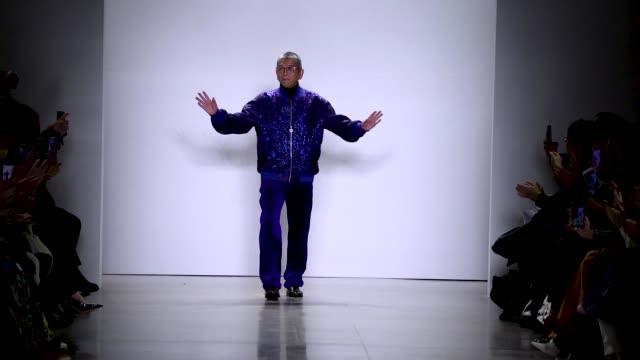 tadashi shoji - nyfw february 2020 at gallery ii at spring studios on february 06, 2020 in new york city. - new york fashion week stock videos & royalty-free footage