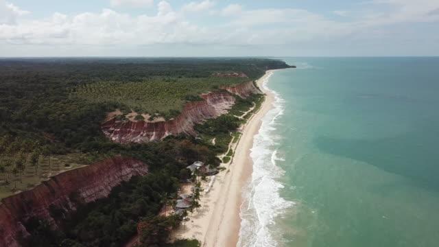 taipe beach cliffs in porto seguro, bahia, brazil - porto seguro stock videos & royalty-free footage