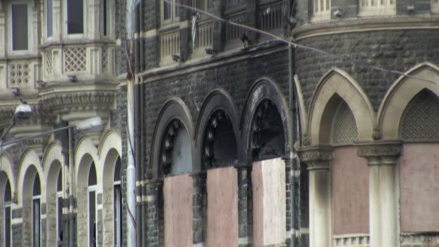 taj hotel following terror attacks mumbai india - violence stock videos & royalty-free footage