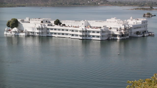 Taj Lake Palace Hotel on Lake Pichola, Udaipur, India