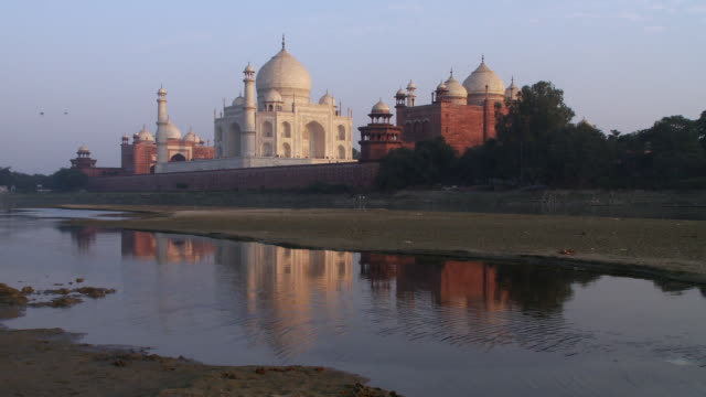 taj mahal reflection - taj mahal stock videos and b-roll footage