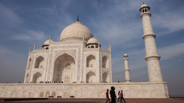 taj majal, agra, india - taj mahal stock videos and b-roll footage